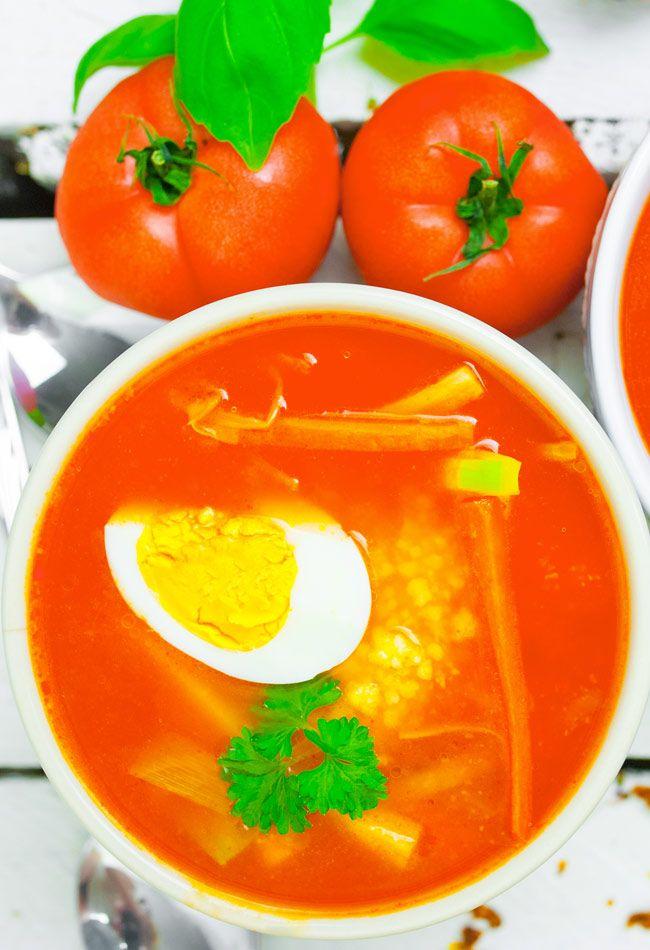 Pomidorowa fit z kaszą jaglaną i jajkiem