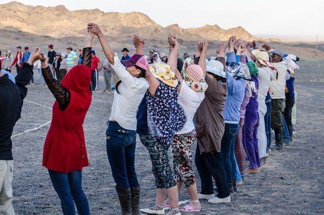 """Русские миссионеры все чаще """"достигают"""" неверующих в Монголии. Команда русских христиан отправилась в Монголию проповедовать Евангелие. Монголия является одной из самых отдаленных стран в мире, поэтому среди населения есть те, кто никогда не слышали об Иисусе"""