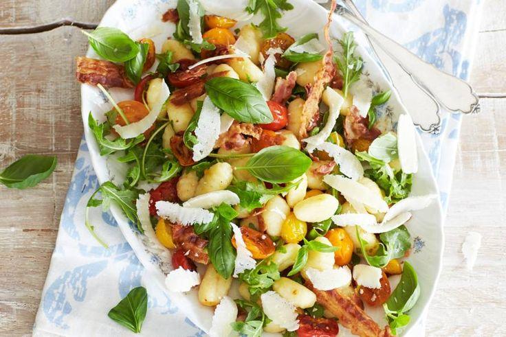 Weer eens iets anders dan pasta, en toch heerlijk Italiaans - Recept - Gnocchi met spek en pecorino - Allerhande