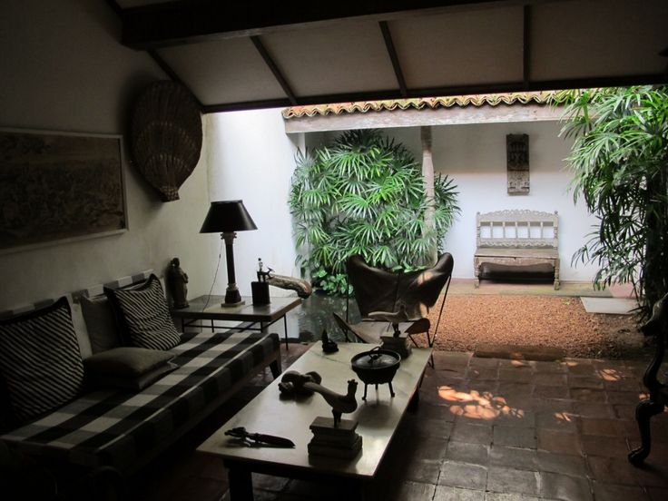 Bawa House is a must see for architecture lovers as it's the home of the very well known Geoffery Bawa! Inspiration everywhere :)