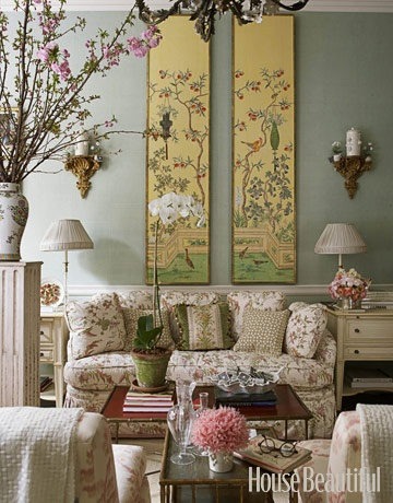 A Beautiful Mix Designer Charlotte Moss's message is: Mix the antique with the new. Which is which here? Chinoiserie panels on tea paper, gilt brackets with blanc de Chine canisters, red lacquer bamboo coffee table, loveseat in Daphne's Mystery, by Charlotte Moss for Brunschwig & Fils.