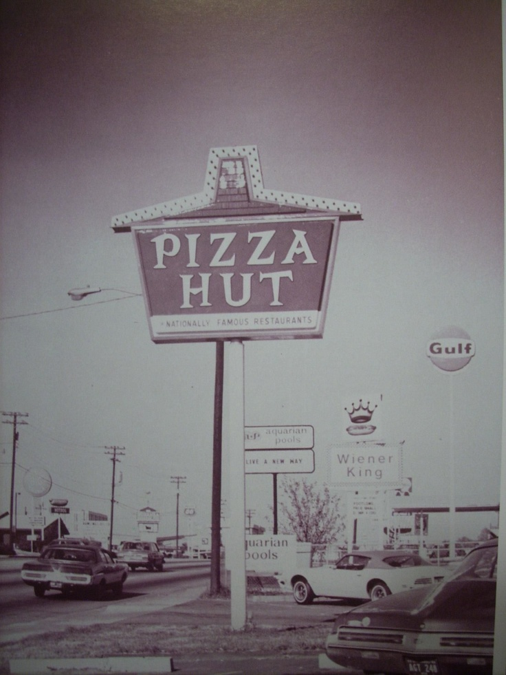 a history and overview of pizza hut Pizza hut is an american restaurant chain and international franchise founded in 1958 by dan and frank carney the company is known for its italian-american cuisine menu including pizza and pasta, as well as side dishes and desserts pizza hut has 16,796 restaurants worldwide as of march 2018, making it the world's.