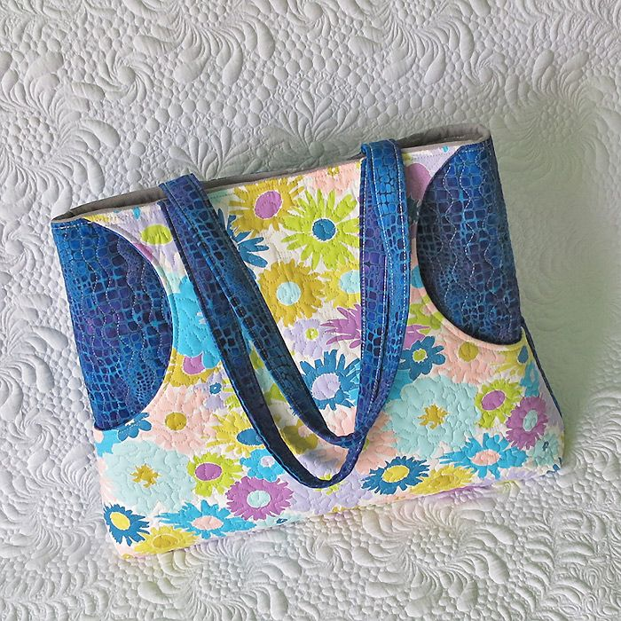 Quilted Bag With Two Front Pockets Purses Bags Bags