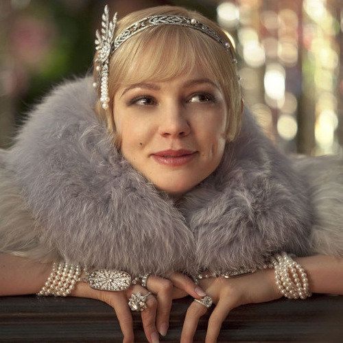 The Great Gatsby 'Flowers' Extended TV Spot -- Jay Gatsby captivates the imagination of Nick Carraway in this latest look at Baz Luhrmann's visually stunning adaptation. -- http://wtch.it/2si8q