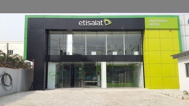 """We intervened in Etisalat crisis to save jobs - CBN We intervened in Etisalat crisis to save jobs - CBN  Central Bank of Nigeria (CBN) yesterday explained the reasons it intervened in the crisis between Etisalat and a consortium of 13 Nigerian Banks over a syndicated loan of about $1.2bn granted the telecom company to save over 4,000 jobs and stripping of the company's assets.  Etisalat is important to the system  Also, Mr Isaac Okorafor, CBN spokesperson in a statement on Friday said; """"Although it should ordinarily not be the role of a regulator to decide how individual bad loans are resolved, the CBN believes that Etisalat is a systemically important telecommunications company with over 20 million subscribers that if not well handled, may have negative implications for the banking system itself.""""    He further explained that the CBN and Nigerian Communications Commission (NCC) had suspected that banks might go ahead in the usual way and downsize the company's over 4,000 staff, adding that this was why they reached an agreement to intervene.    He said both regulators implore the consortium of banks to re-assess its position in dealing with Etisalat.  NCC's Stand  Elsewhere, Nigerian Communications Commission (NCC), insisted that the consortium of banks seeking to takeover Etisalat Nigeria over the protracted $1.72 billion debt impasse must first cross some regulatory hurdles.    Pointing at Section 38 and Sub section 1 of the NCA which spells out that;  The grant of a license shall be personal to the licensee and the license shall not be operated by, assigned, sub licensed or transferred to another party unless the prior written approval of the commission has been granted      Tony Ojobo, spokesman of the NCC drew the attention of the lender banks to the Section 38 and Sub section 1 of the NCA which spells out that, """"The grant of a license shall be personal to the licensee and the license shall not be operated by, assigned, sub licensed or transferred to another p"""