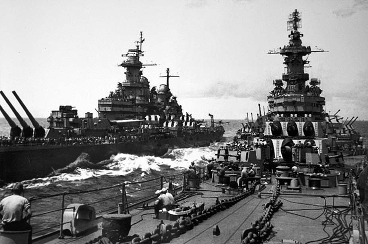 USS Iowa and USS Missouri: War Ship, Uss Missouri, Battleship Uss, Wwii, Battle Ships, Usn Warships, Iowa Bb61, Uss Iowa