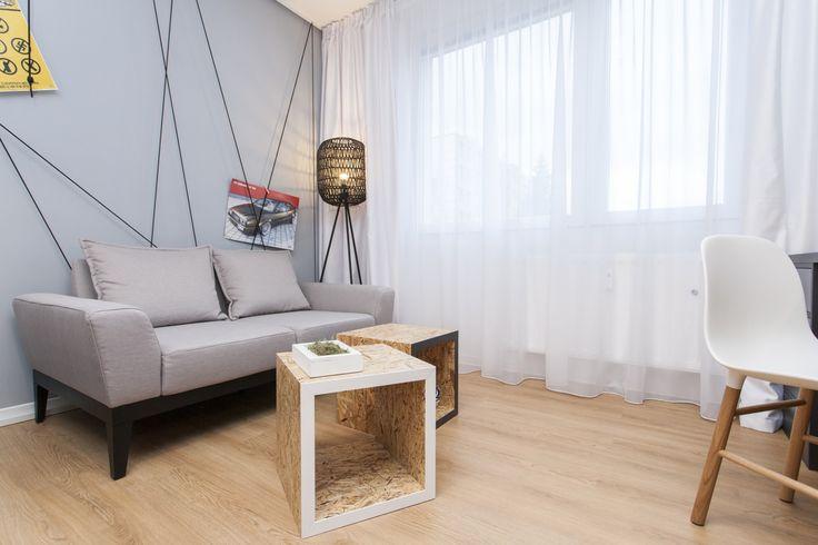 Korkové stolíky v tvare kocky