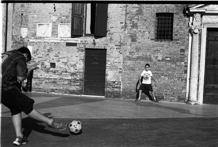 #messi #euro #cup #9 #goleador #gol #soccer #football #film #leica #mp #kodak #trix #black #white #street #photography #never #give #up #goal #ready #penalty #door #children #play #fun