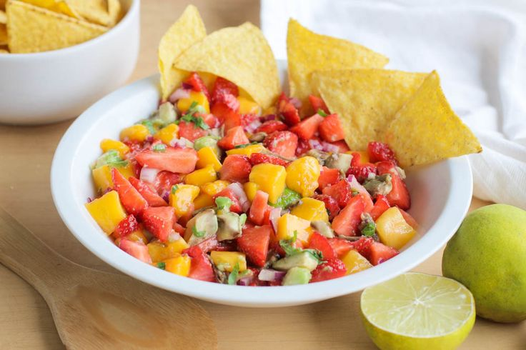 Zomerse Aardbei Mango Salsa | Plantbites