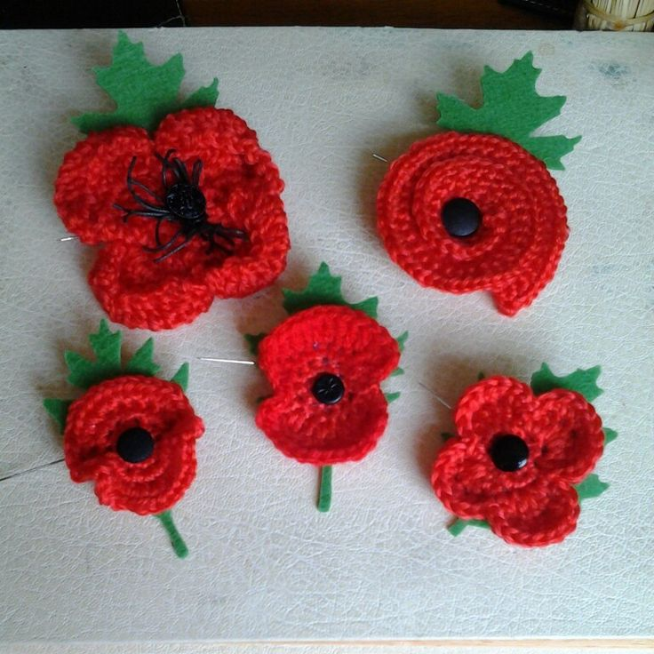 Knitting Pattern For Poppy Brooch : 101 best Poppies - Crochet images on Pinterest Knit crochet, Crochet poppy ...