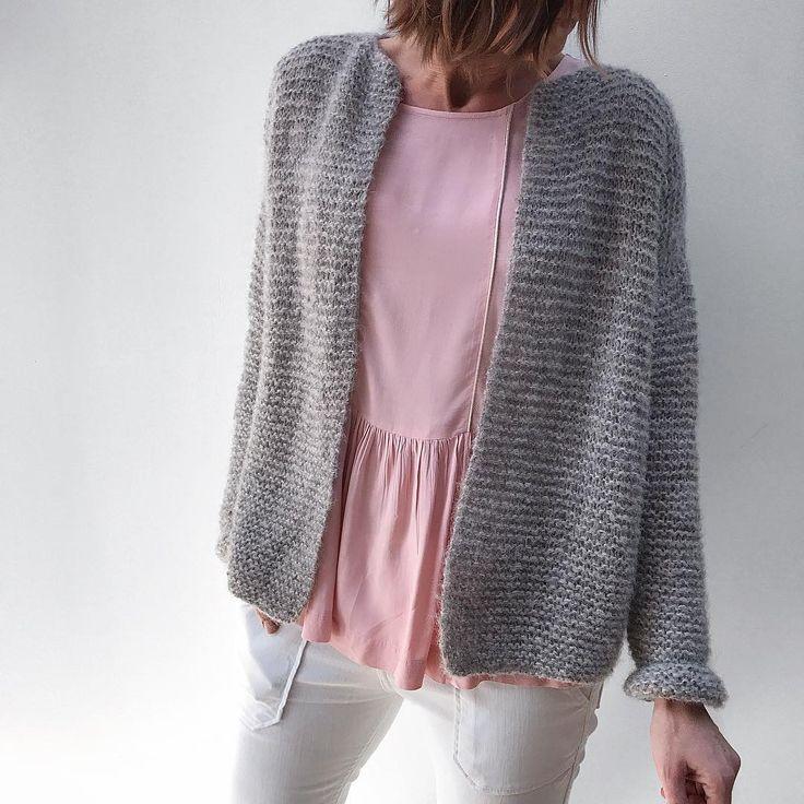 882 best tricot crochet images on pinterest shawl filet crochet and knit crochet. Black Bedroom Furniture Sets. Home Design Ideas