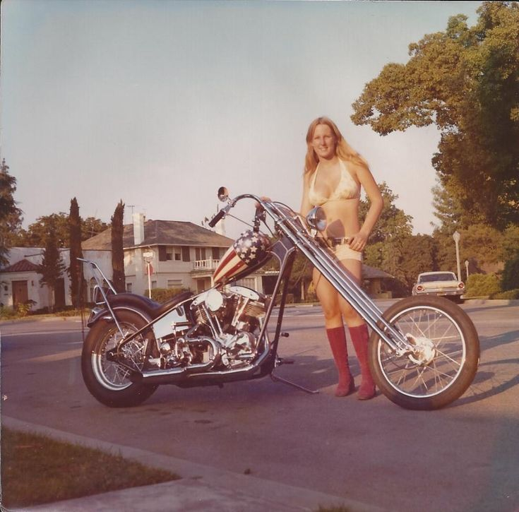 Nude women on harley davidson motorcycles