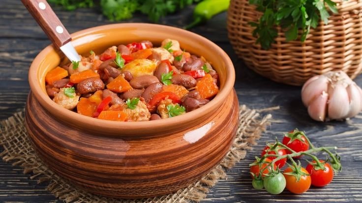 Sally's chilli, pork and bean stew