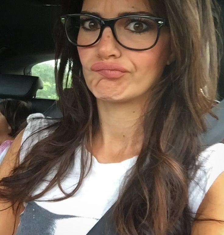 #LauraTorrisi Laura Torrisi: Facce da routine.. Asilo>>>>traffico>>>>code #buongiornopertuttoilgiorno