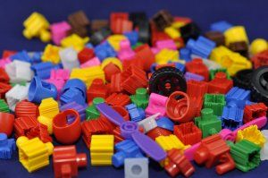 Standard Blocks - Snapo Assortment - Over 275 Pieces.  SNAPO blocks (we saw them at the Maker Fare)