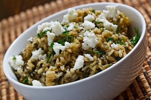 Spanakorizo (Greek Spinach Rice) - easy to sub cauliflower rice to make this Paleo!