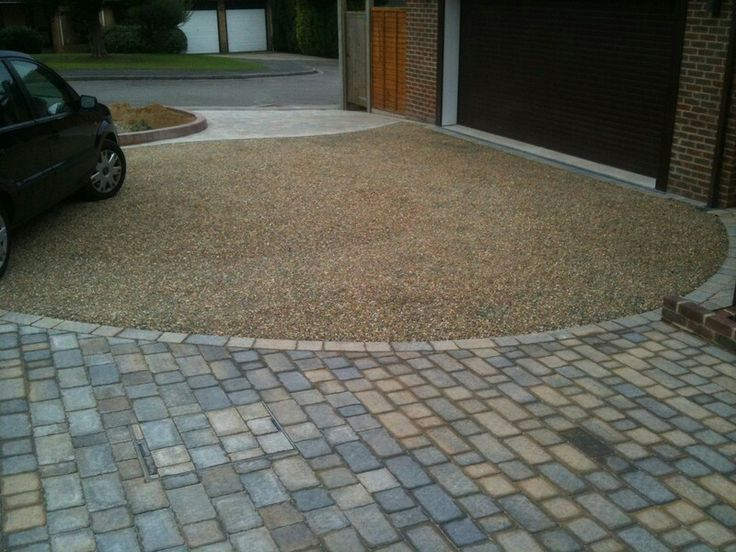 Block colour and gravel