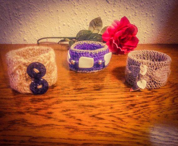 Bracciali rigidi in lana lavorati a mano. Tre modelli. by Theart2