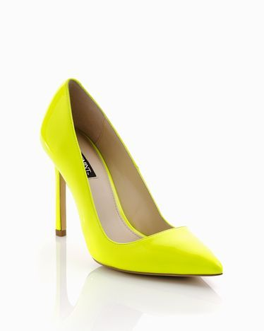 Kick your color up a notch with these neon yellow pumps! #shoes