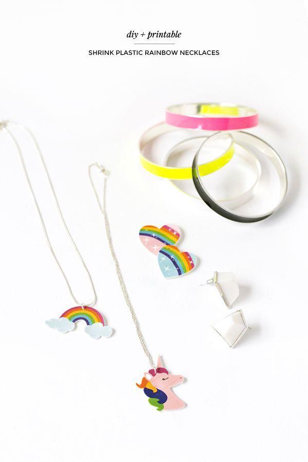 DIY encolher colares arco-íris de plástico com impressão livre!