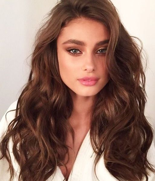 Long Thick Wavy Hairstyles For Women