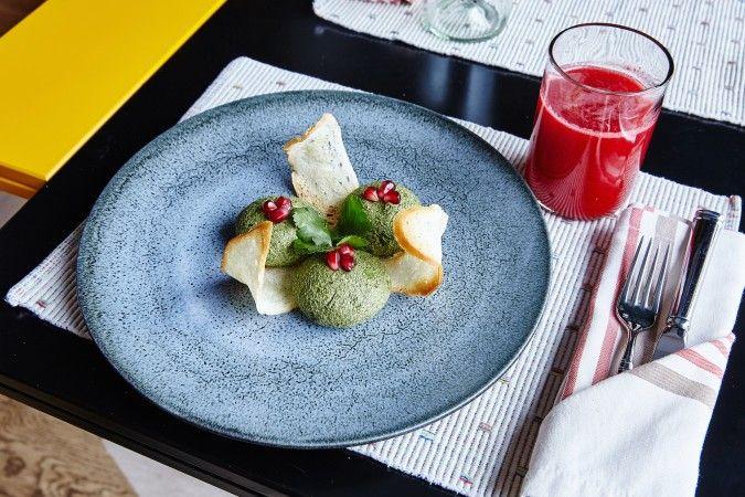 Пхали из шпината - Пряности & Радости на Белинского / Ginza Project #food #georgian #ginzaproject #ginza