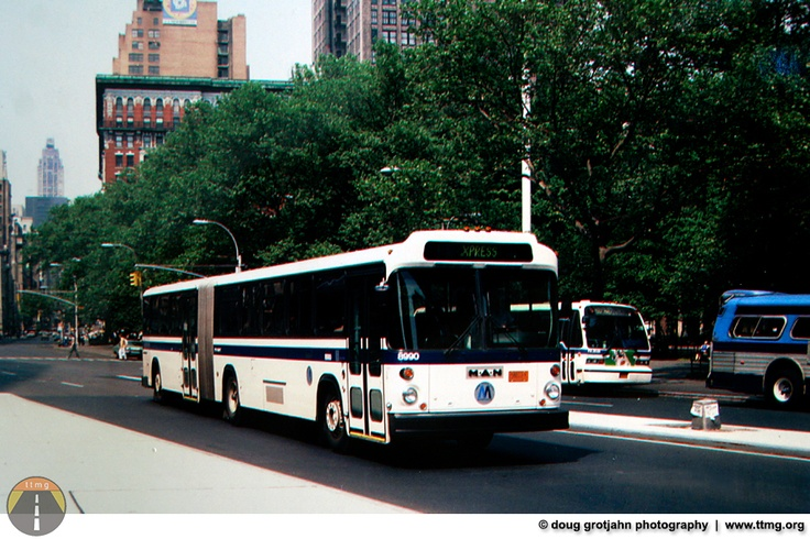 t t m g: Photos...New York Metropolitan Transportation Authoritys M*A*N Buses (1984 Articulated)