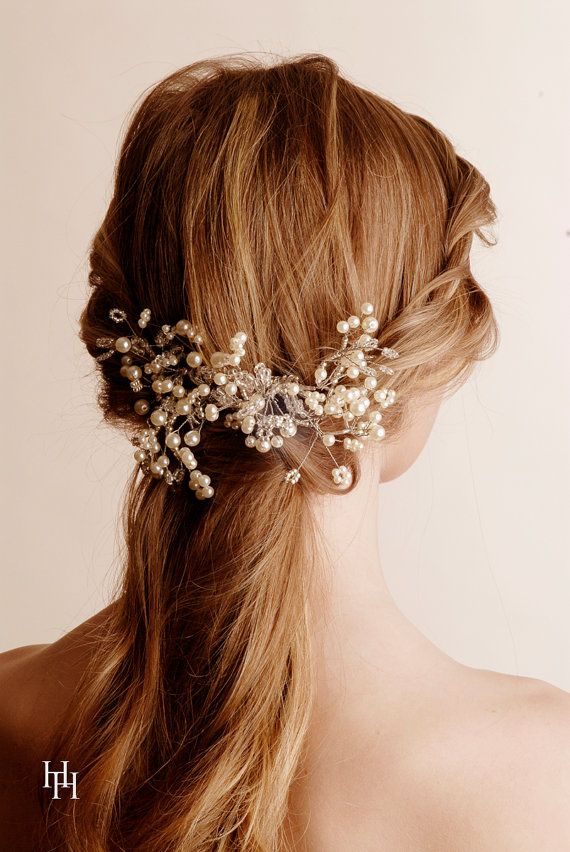 Hair pearls are so beautiful. I like the idea of wearing no jewelry except my wedding ring, but I think I'd let a hair piece like this slide.