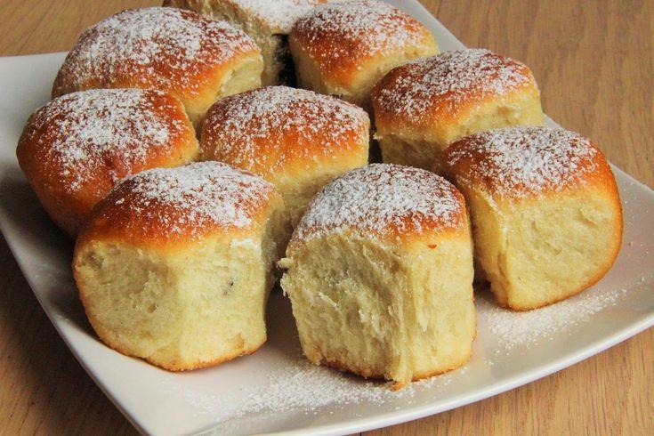V kuchyni vždy otevřeno ...: Kynuté buchty bez vajec ( těsto v domácí pekárně )...