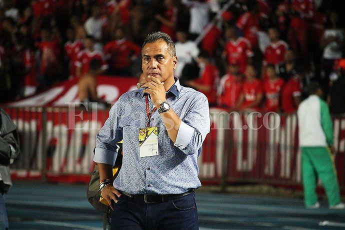 """Necesito a un delantero que llegue para meter goles"", Hernán Torres, técnico de América de #Cali"
