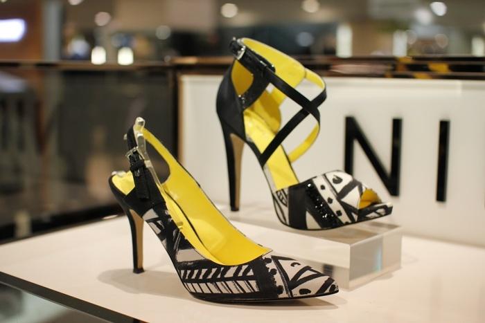나인웨스트 yellow & black high heels@현대백화점