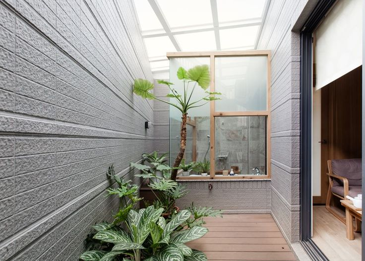 CHU'S HOUSE - Picture gallery