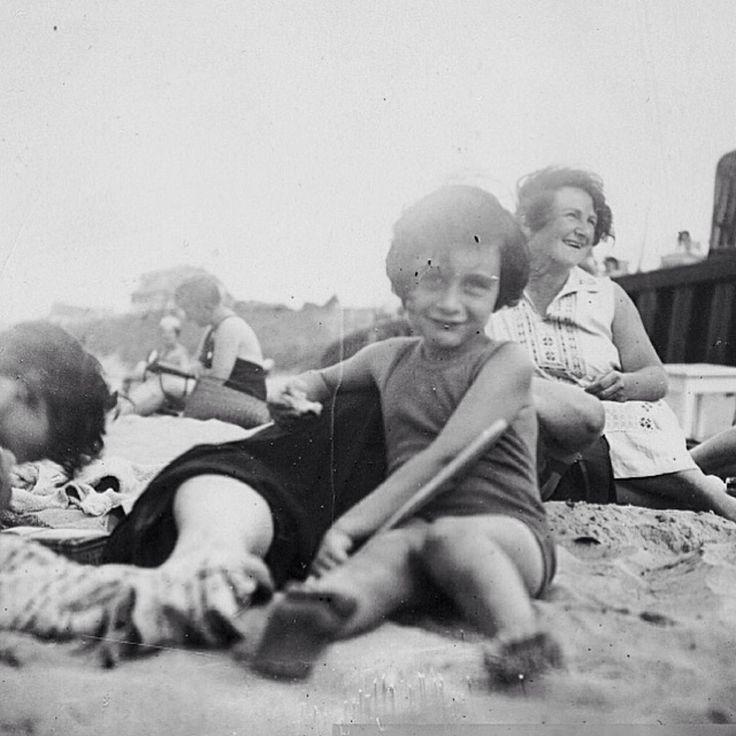 Anne Frank at the beach 1934