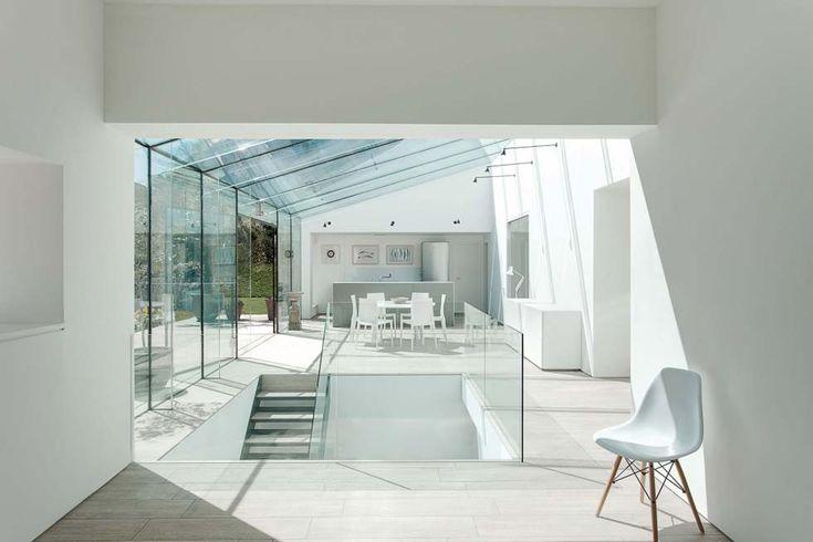 Frameless Glass Extension - Homebuilding & Renovating