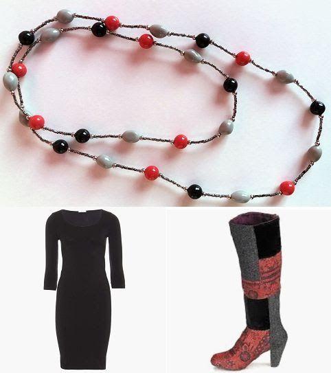 Collana con perle in pasta di mais realizzata per l'outfit nero-rosso-grigio, con tubino nero e stivali Desigual