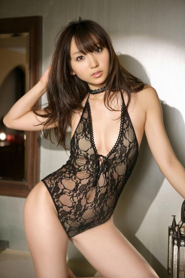 Risa Yoshiki - dress to kill ^^
