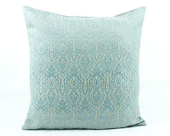 Moroccan Silk Blue Pillow cover 20x20 Decorative throw, Light Sky Blue  Seidenkissen, Coussin géométrique