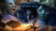 """James Cameron Avatar Hayranlarını Üzdü  Dünyaca ünlü Kanadalı usta yönetmen James Cameron, 3 Avatar filmini aynı anda çekeceklerini daha önceki açıklamalarında belirtmiş ve serinin ilk devam filmi olan """"Avatar 2'nin Aralık 2016 yılında vizyona gireceğini"""" müjdelemişti. Ancak aynı anda 3 Avatar filmini birden çekmenin oldukça zor bir iş olduğunu, bu nedenle ilk devam filmin Aralık 2016'da değil 2017 yılı sonunda gösterime gireceğini belirten James Cameron, Avatar hayranlarını oldukça üzdü."""