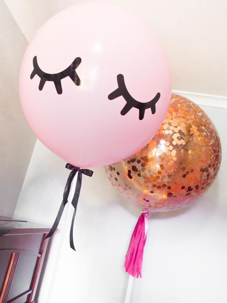 Eyelash sweet dreams balloon #Eyelashballoon #Unicorneyelash #Balloon #Confettiballoon #Confetti #Pink #Bespoke #Customisedballoons #Balloons #Tassel #Photoshoot #Girlsbirthday #Girls #Partydecor #Decor #Partysupplies #Gold #Adelaideballoons #PuffandPop