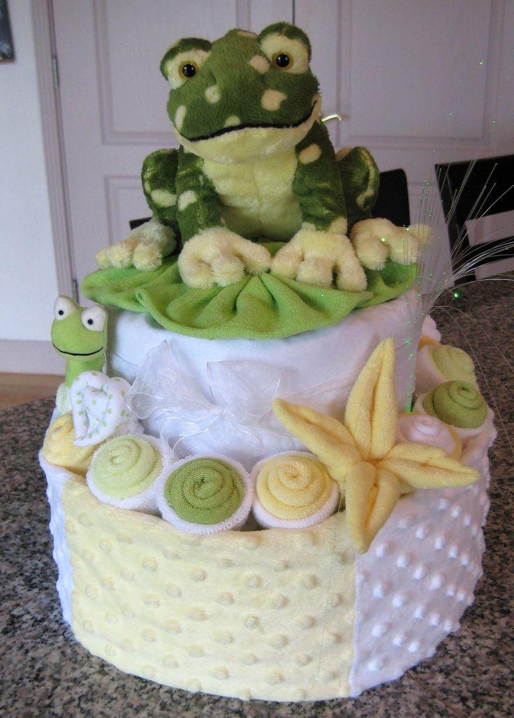baby shower frog theme   Торт из подгузников по теме «Лягушка»