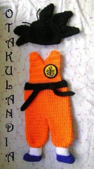 ¿Te gusta y quieres ver más? ¡Síguenos!: https://www.facebook.com/otakulandia.es/  Goku Disfraz (Cosplay) realizado a mano en crochet ¡Ideal como regalo para el recién nacido y perfecto para hacerle sus primeras fotos!
