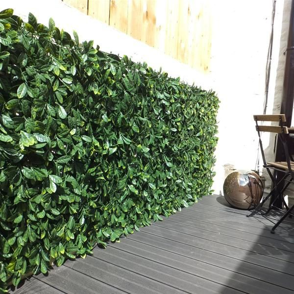 Witchhedge Extendable Instant Artificial Hedging - Laurel | Internet Gardener