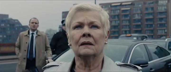 """Джуди Денч в роли М, """"007: Координаты """"Скайфолл"""""""" / Judi Dench, """"007: """"Skyfall"""""""" (реж. Сэм Мендес, Великобритания, США, 2012) #скайфолл #денч #мендес #фильм"""