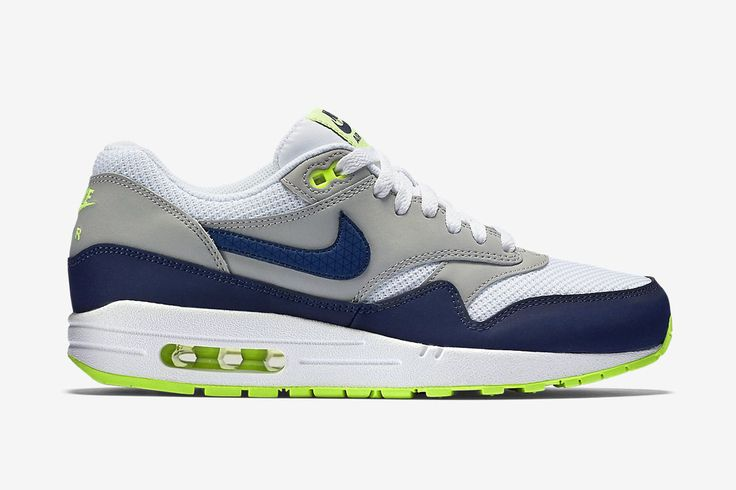 61885e37d42 Release Date and Where to buy Nike Air Max 1 Essential