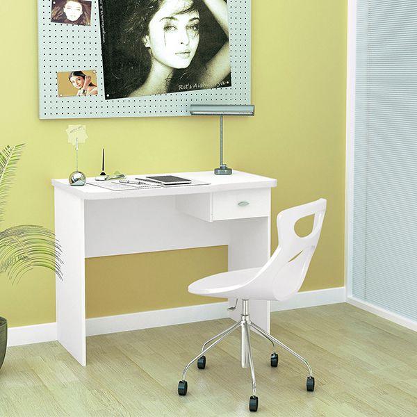 Gostou desta Mesa para Computador Escrivaninha Resende Branco - Politorno, confira em: https://www.panoramamoveis.com.br/mesa-para-computador-escrivaninha-resende-branco-politorno-2599.html