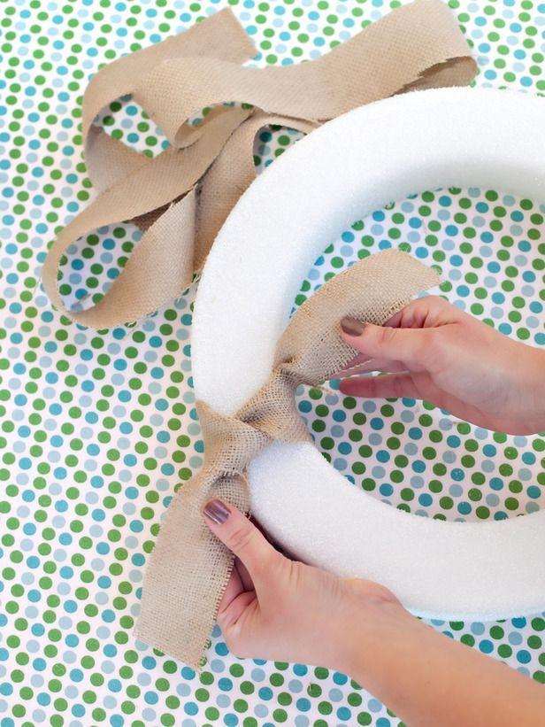 how to make wreaths at home