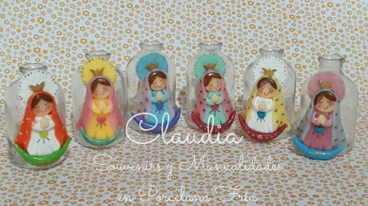 Virgencitas Plis en botellitas para agua bendita.  Souvenirs para bautismo,  comunión o conformación.