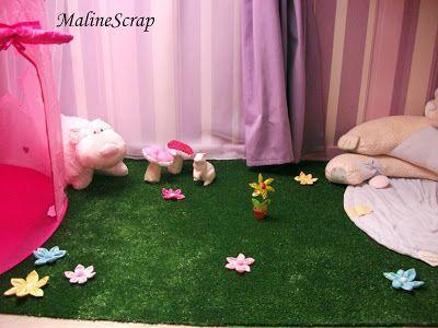 coin nature dans une chambre d 39 enfant fait avec du gazon synth tique des fleurs en tissu. Black Bedroom Furniture Sets. Home Design Ideas