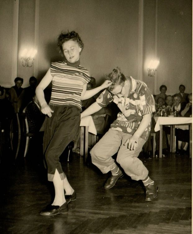 As Russia became less tolerant of pro-Western behavior during the fifties, some popular Stilyaga activities became illegal and the subculture was forced to move more underground. A ban on jazz music meant that dance parties and jazz concerts had to be organized in secret, perhaps fittingly in a similar fashion to the American speakeasies of the 1920s.