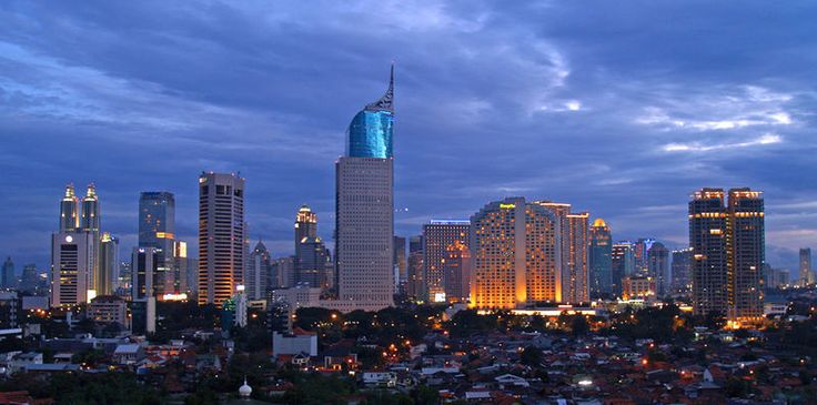 Jakarta! This city has been a second home to me for fifteen years but every time I visit it's like an adventure!